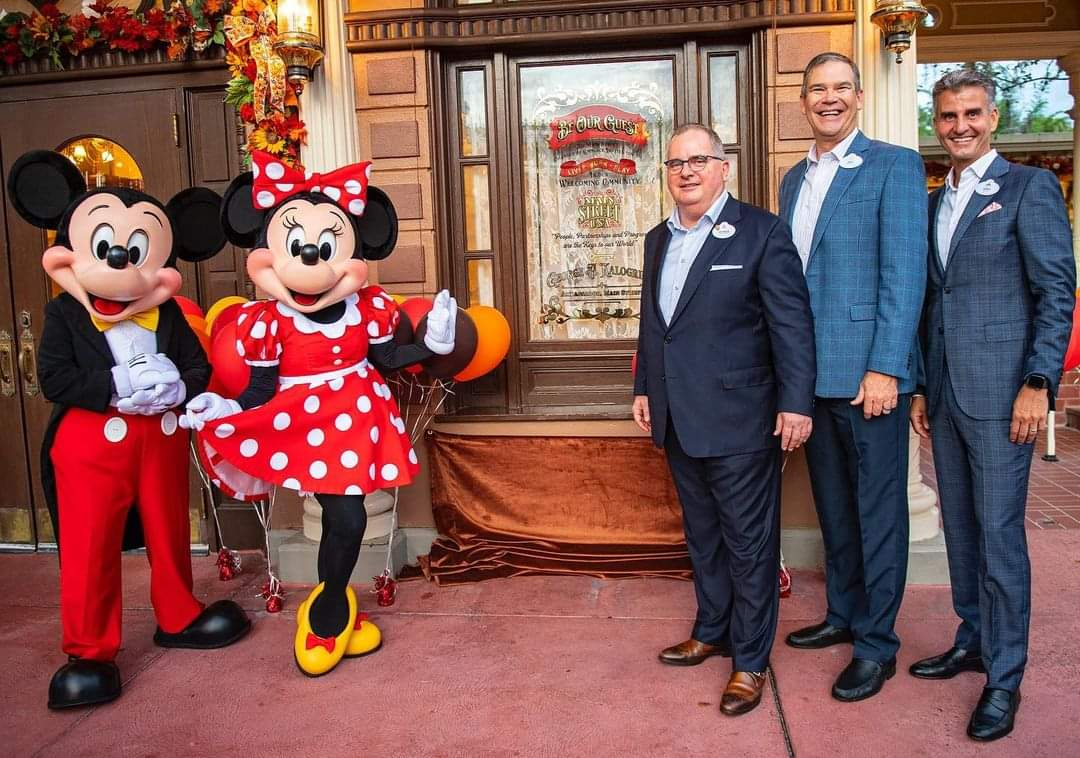 Former Walt Disney World President George Kalogridis receives window on Main Street
