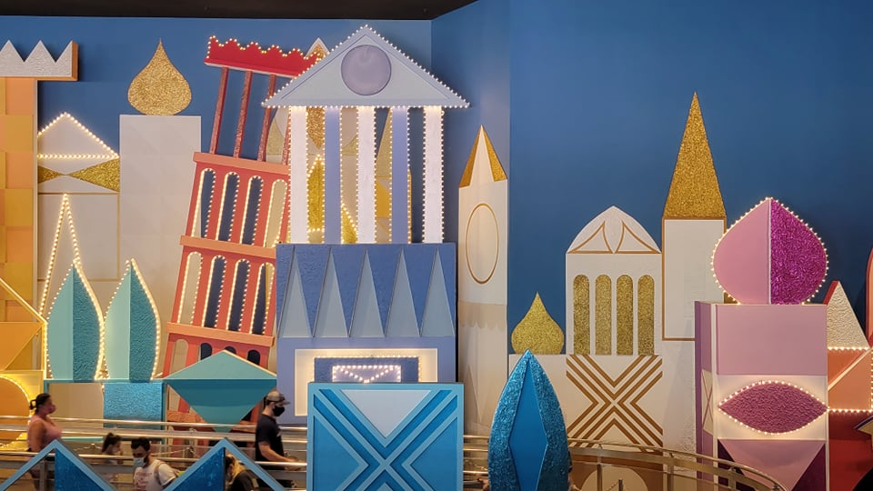 """50th Anniversary Painting Is Now Complete For """"it's a small world"""" 8"""