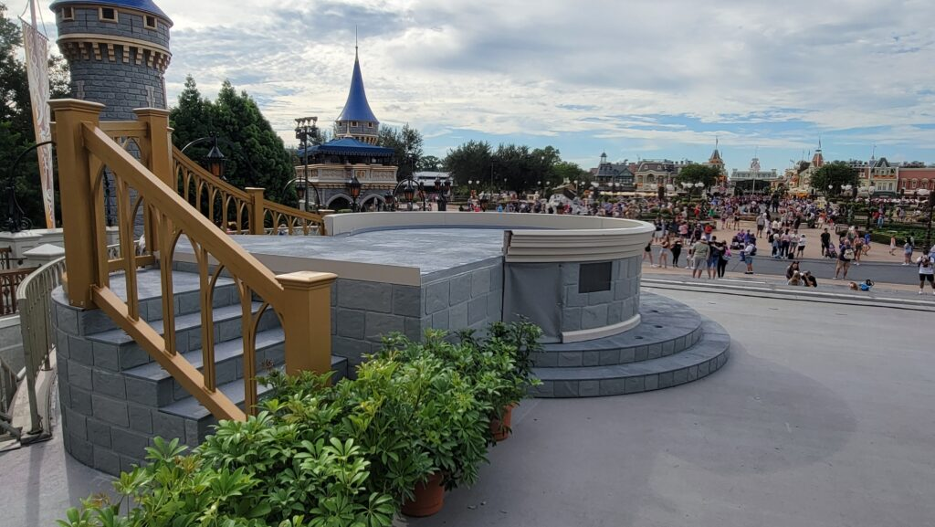 New Cinderella Castle Stage is now complete 3