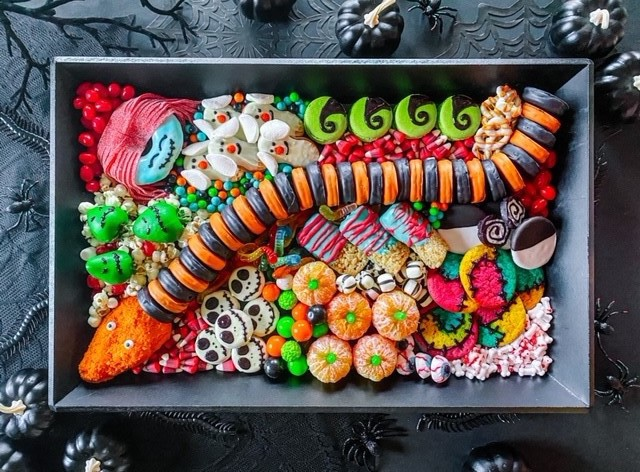 What's This? A The Nightmare Before Christmas Treat Board!