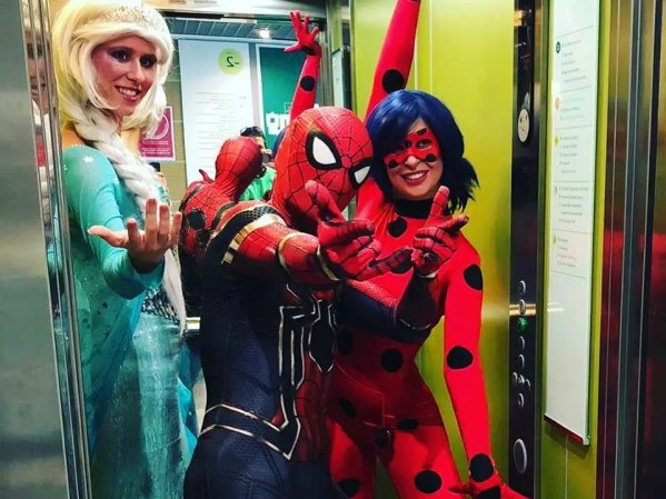 Animaciones infantiles y visita de personajes. Superheroes, princesas, Piratas, magos y payasos en Mallorca. Las mejores animaciones, ¡no te la jueges!