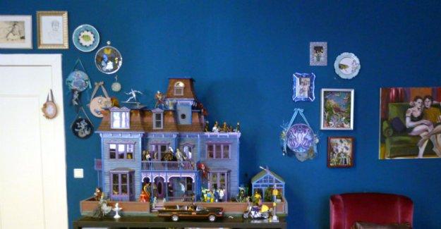 Suzanne Forbes decor Salon dollhouse