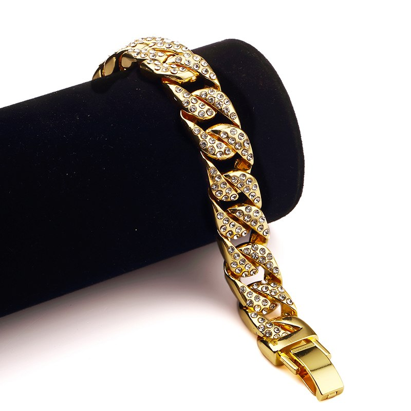 Clear Diamond Necklaces