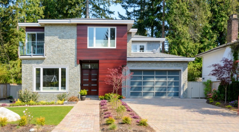 clean front of home improve your curb appeal