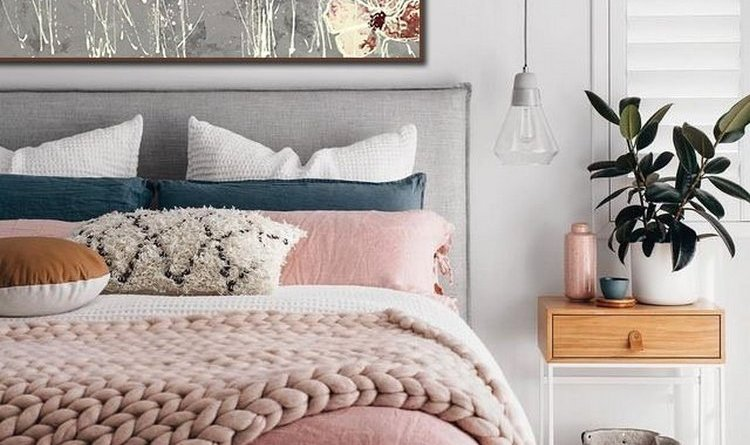 11 Ways To Make Your Foot Of Bed Beautiful 3 Heavenly Bedroom DecorationIdeas