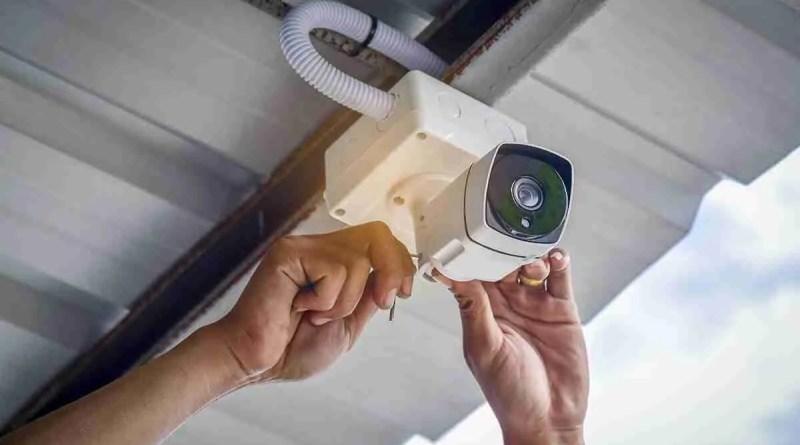 Technician installing CCTV Camera Effective Cctv Installation