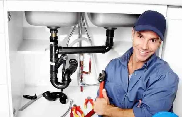 VIGILANT plumber fixing a sink shutterstock 132523334 e1448389230378 620x400 1 Emergency Plumbing