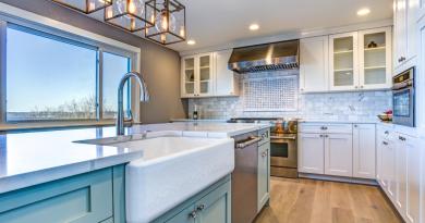 Blue Brushstroke Moms Influencer Asymmetry Facebook Post Set 7 Revamp Your Kitchen On A Budget
