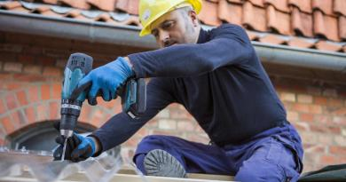 Leicestershire Roofers Twitter Blue Tick Verification