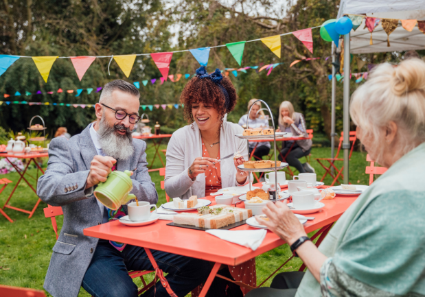 7 Tips for Throwing a Perfect Garden Party