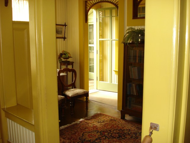 Victoria style interior design in walls