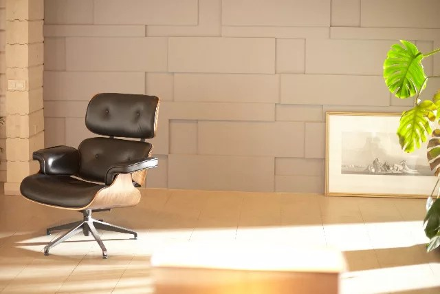 背もたれがしっかりしている椅子