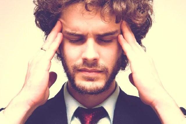 頭痛を頻繁に感じる