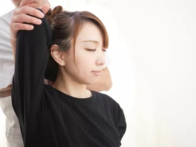 関節の動きを改善する