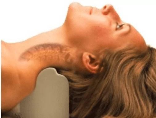 woman_neck