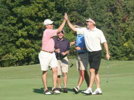 Give Promotional Golf Gifts That Will Draw Contestants to Your Tournament