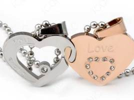 3 Reasons to Buy or Gift Heart Shaped Pendants