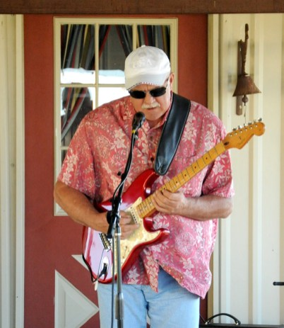 "Dennis Willingham of the DW Blues Band delivers a unique, smooth, bluesy groove as Central Texas ""Slowhand."""