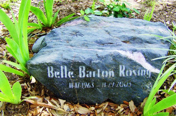 23-Grave Marker with spider_Spring Creek_Belle Barton Rosing