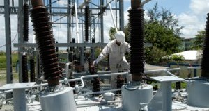 Cdeee dice trabaja en recuperación inmediata de circuitos afectados por huracán María