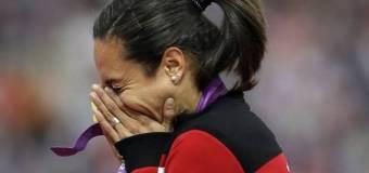 La campeona olímpica turca Asli Alptekin es suspendida de por vida por dopaje