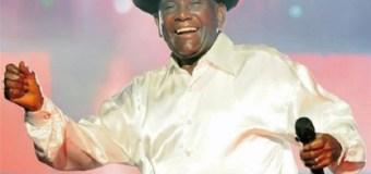 Joseíto Mateo graba salsa a los 97 años dedicada  a su novia de 46 años