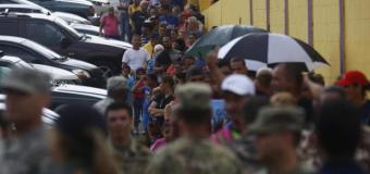 """Puerto Rico se está quedando """"vacío"""", todo el que puede se está yendo"""