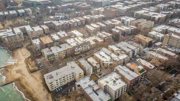 Aerial View of Rogers Park Chicago Apartment Buildings Near The Lake
