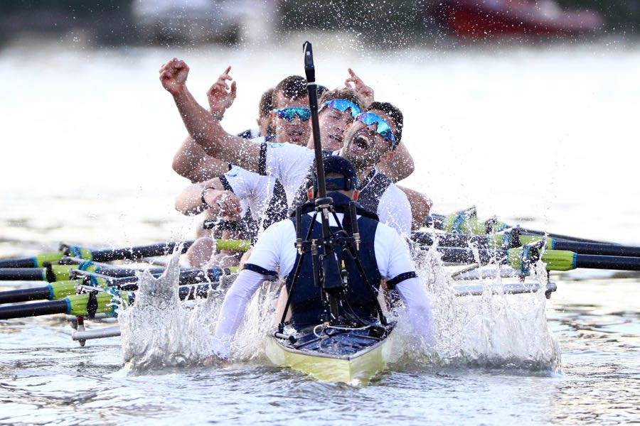 LONDON, ENGLAND - APRIL 02: The Oxford men's crew celebrate winning The Cancer Research UK Boat Race on April 2, 2017 in London, England. (Photo by Ian Walton/Getty Images)