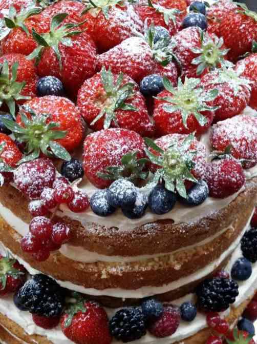 Chateau cakes 1