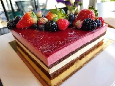 Chateau cakes 12