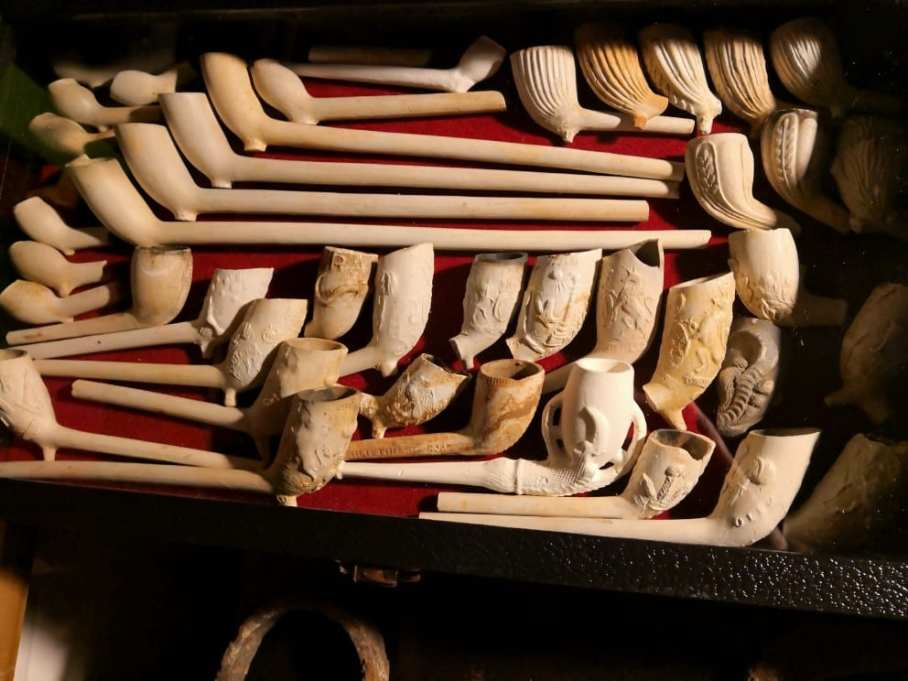 Jason's collection of clay pipes