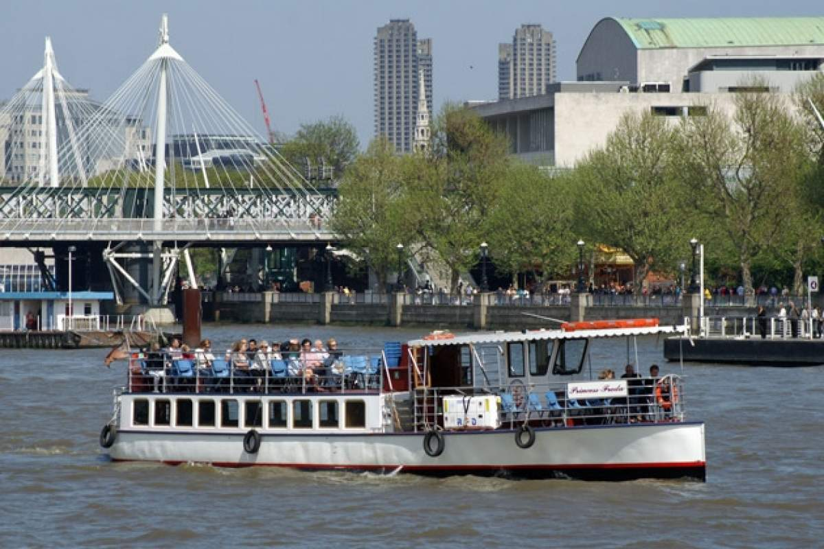 Boat hire - Colliers own image__web