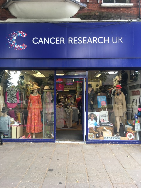 cancer research chiswick outside charity shop