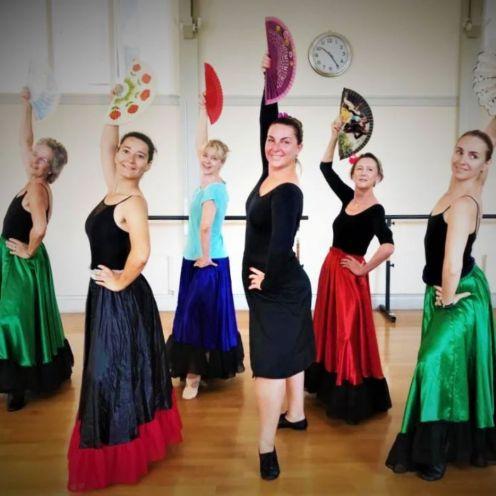 ballet studio chiswick ladies practising