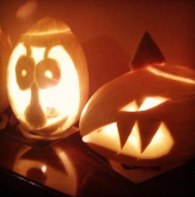 Makers-Family-pumpkin-carving