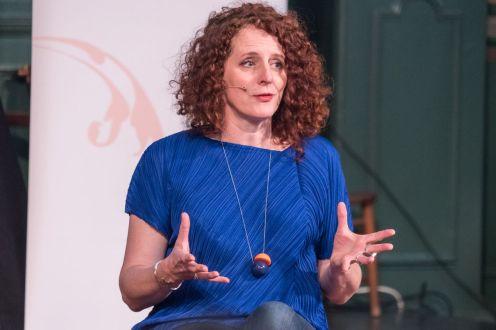 Novelist Maggie O'Farrell (1)