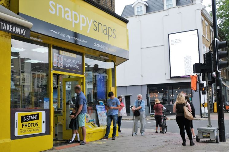 15 June shops open - Snappy Snaps_web