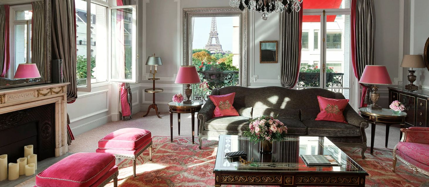 paris-plaza-athenee-rooms-suites-haute-couture-suite-living-room_web