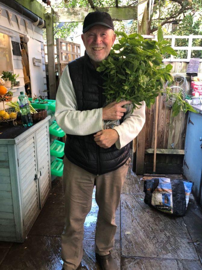Harriet's Kitchen - herb delivery_web