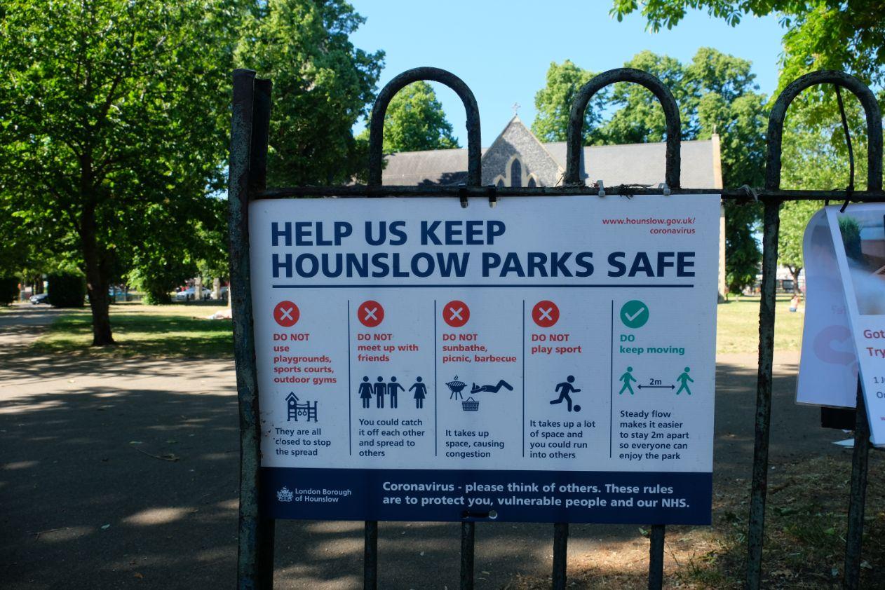 Barbara Chandler - Hounslow Parks sign_web