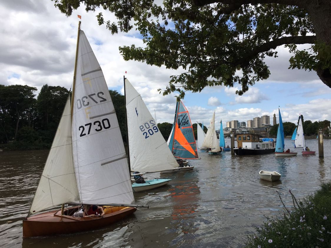 Sailing boats on the river at Strand on the Green
