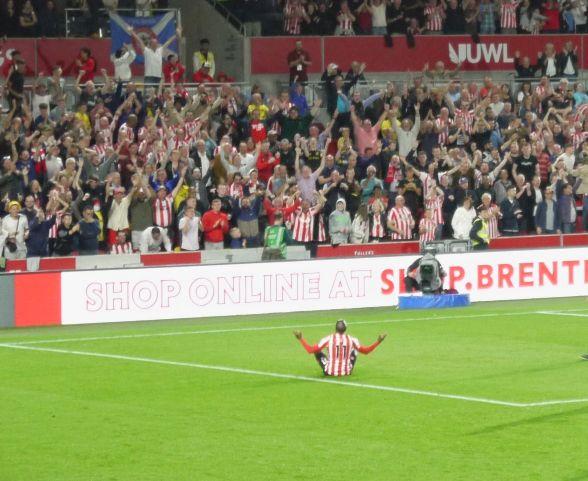 Brentford v Liverpool 6 - Liz Vercoe