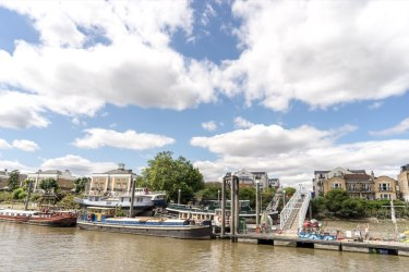 Chiswick Pier Trust Party on the Pier 20152