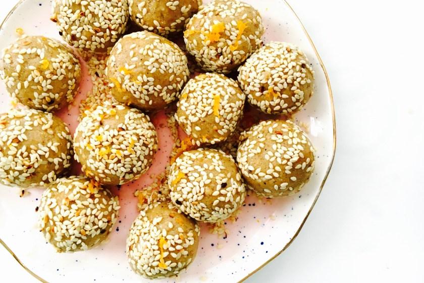 chit-chaat-chai-sesame-balls