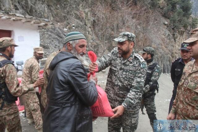 Comdt Chitral scouts visit Ursoon 1