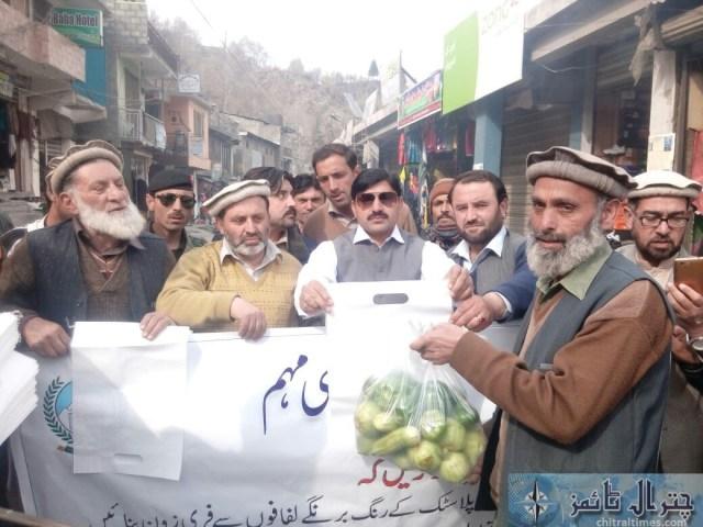 awarness rally against polythene bags lead by AC sajid nawaz chitral 6
