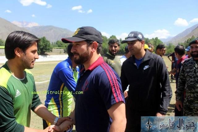 cricketer yasir shah visit chitral 3
