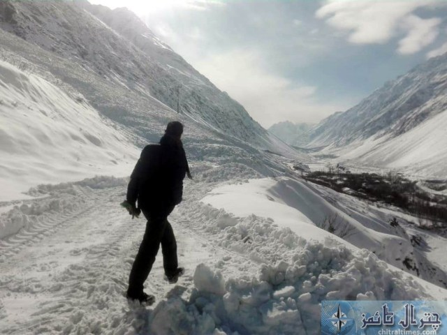upper chitral snow fall and road clearence 3 scaled