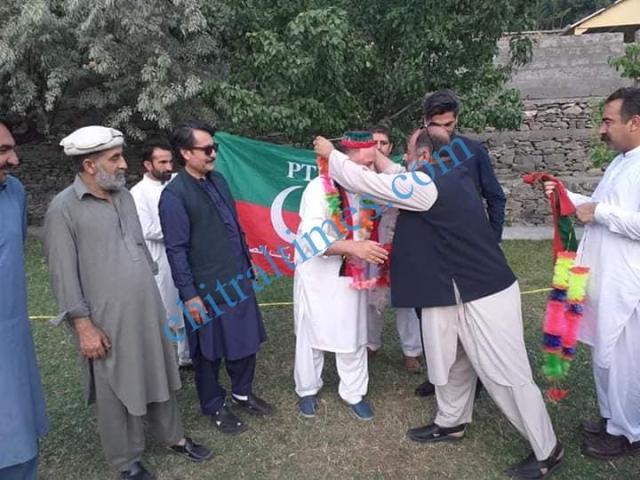 iftikhar ul mulk joined pti5